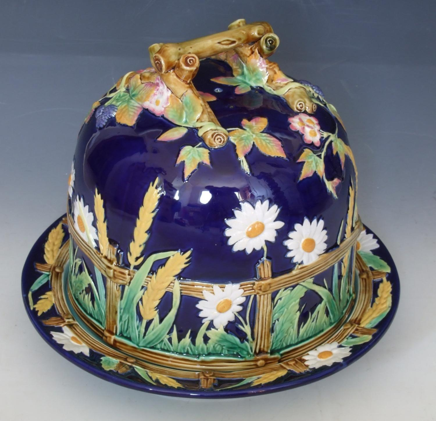 George Jones 'daisy' majolica cheese dish