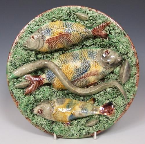Fine Portuguese Palissy triple fish plate