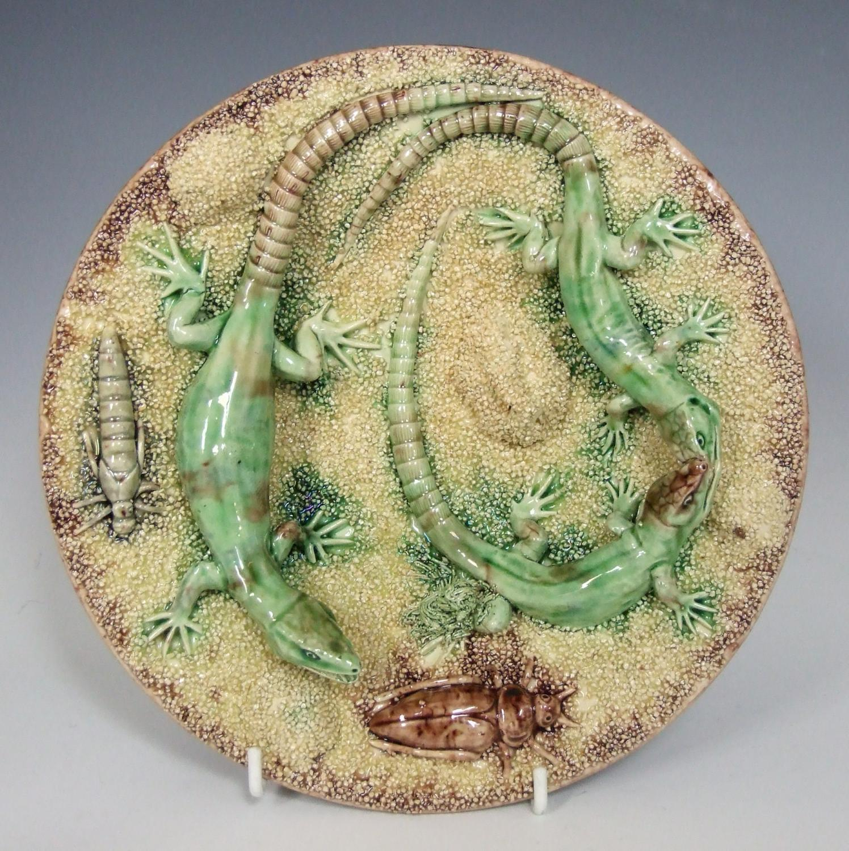 Rare sand ground Mafra Palissy lizard plate