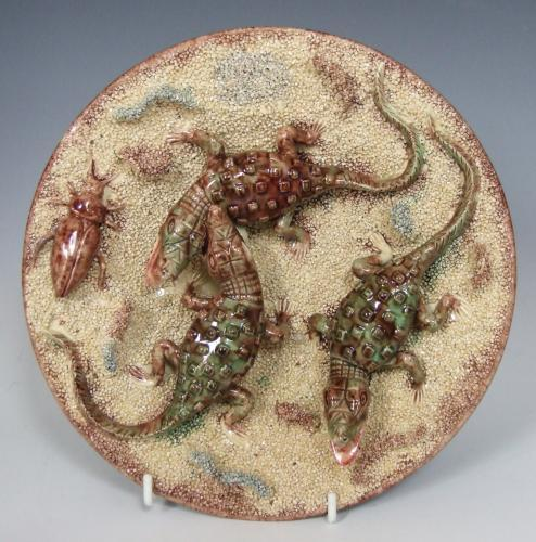 Rare sand ground Palissy crocodile plate