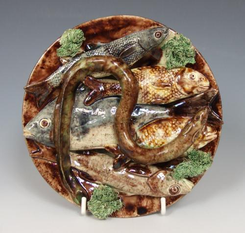 Unusual small Portuguese Palissy fish plate
