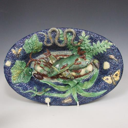 Fine oval French Palissy fish charger