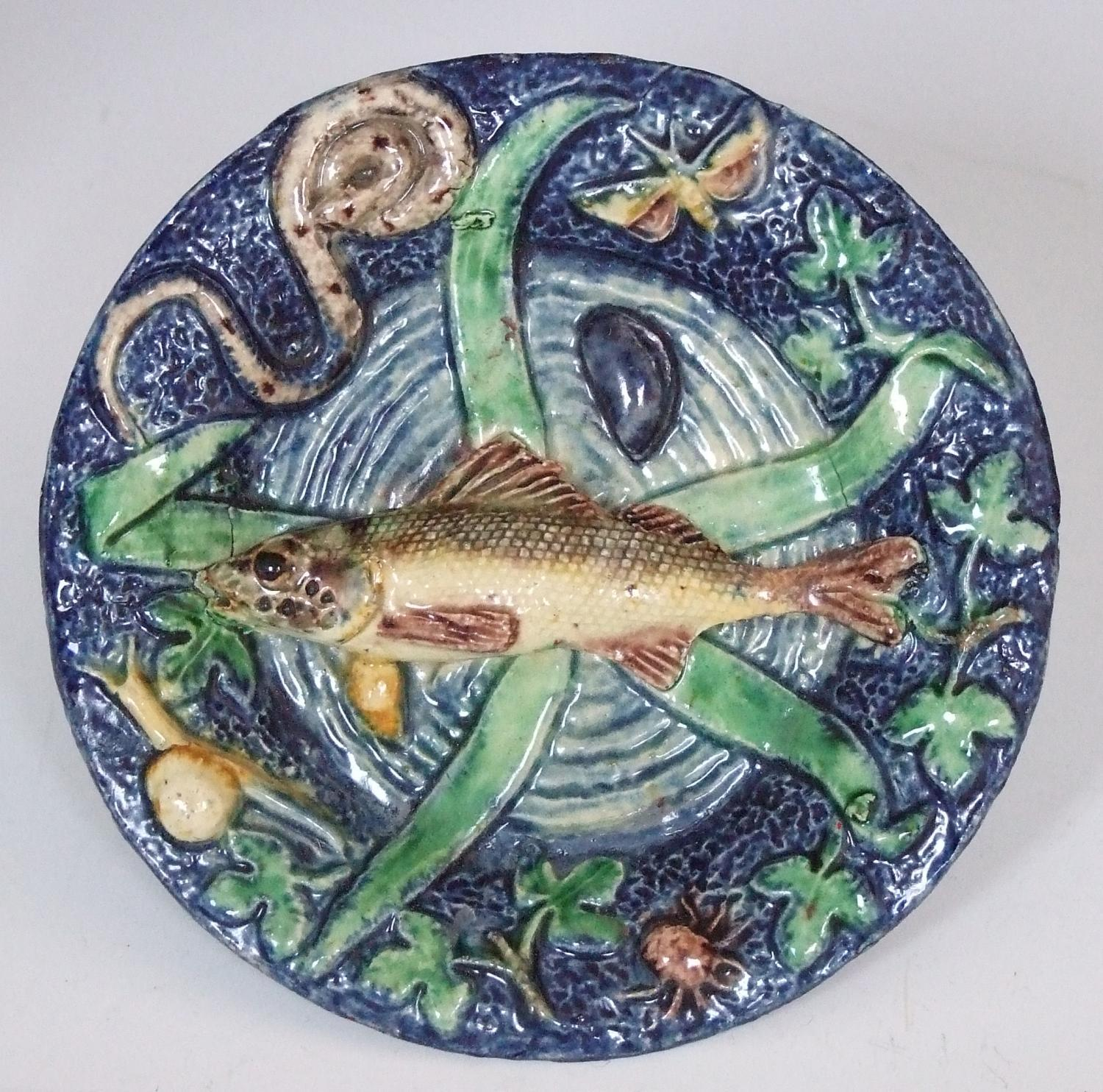 Charming miniature Palissy fish charger