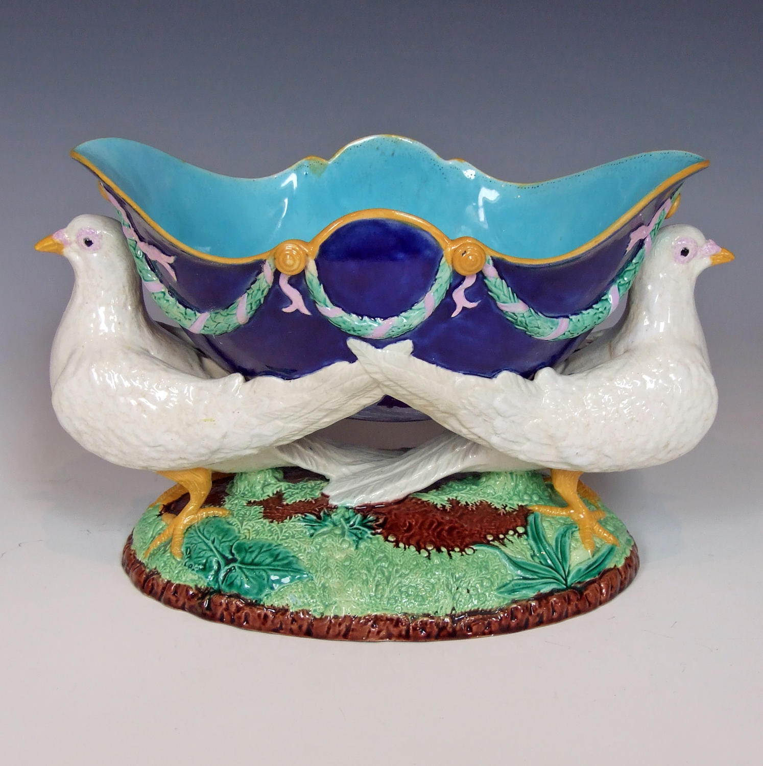 George Jones majolica dove bowl