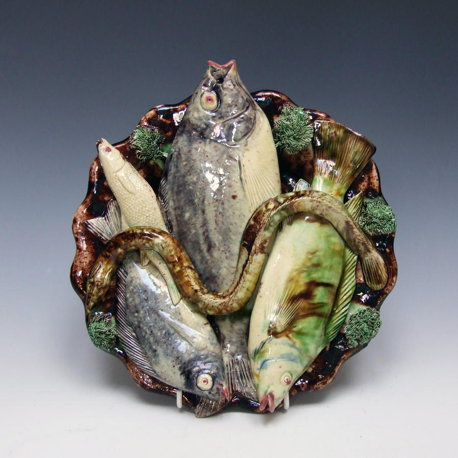 Portuguese Palissy scalloped edge fish plate