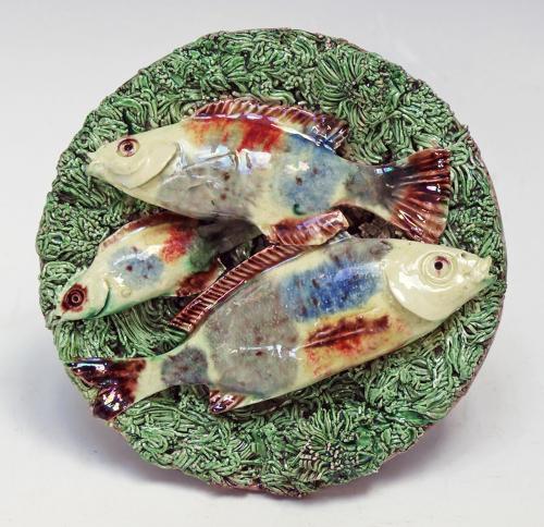 Miniature Palissy fish motif dish