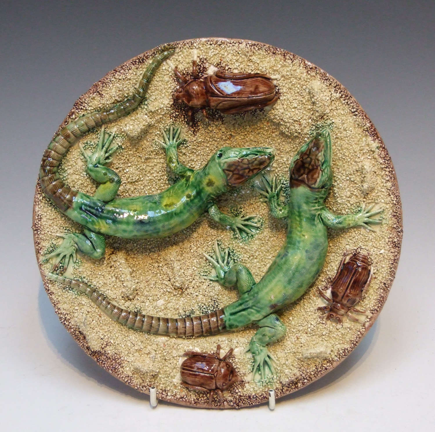 Rare Palissy sand ground lizard plate