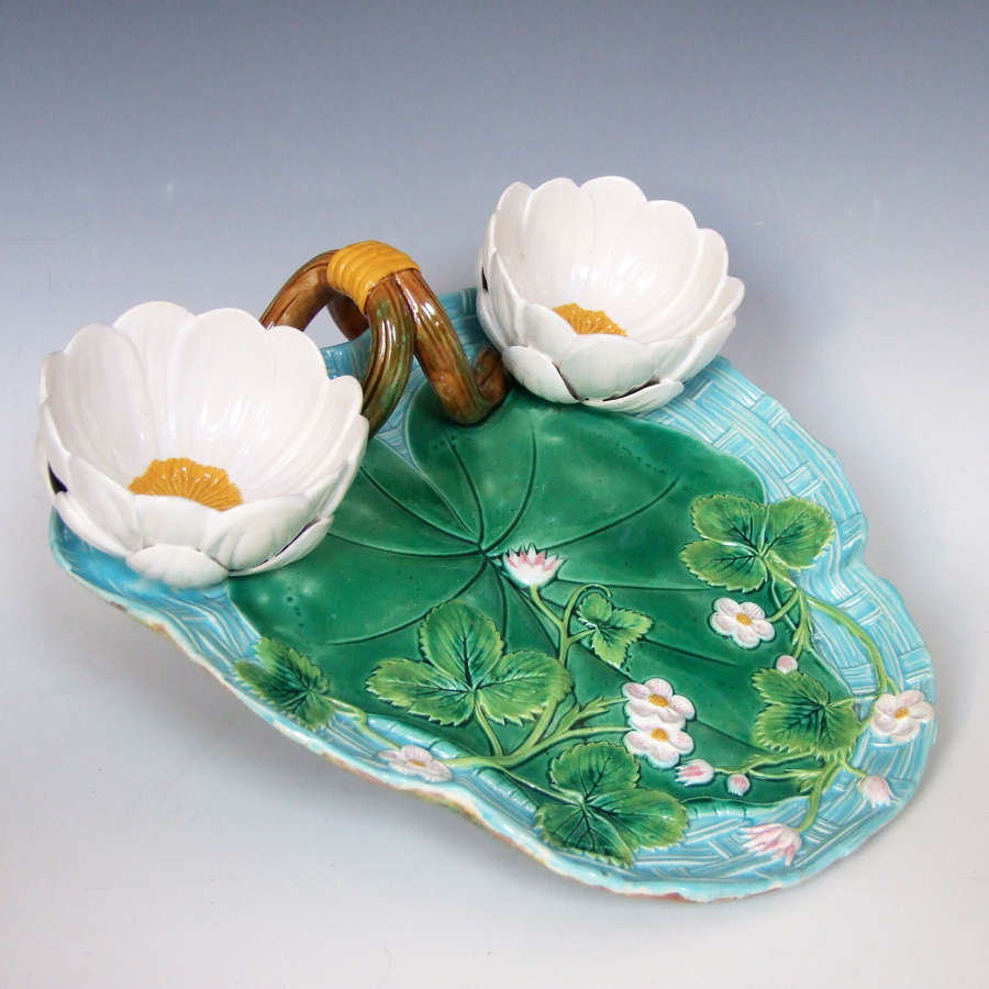 Fine George Jones majolica Lily pad & bloom strawberry dish