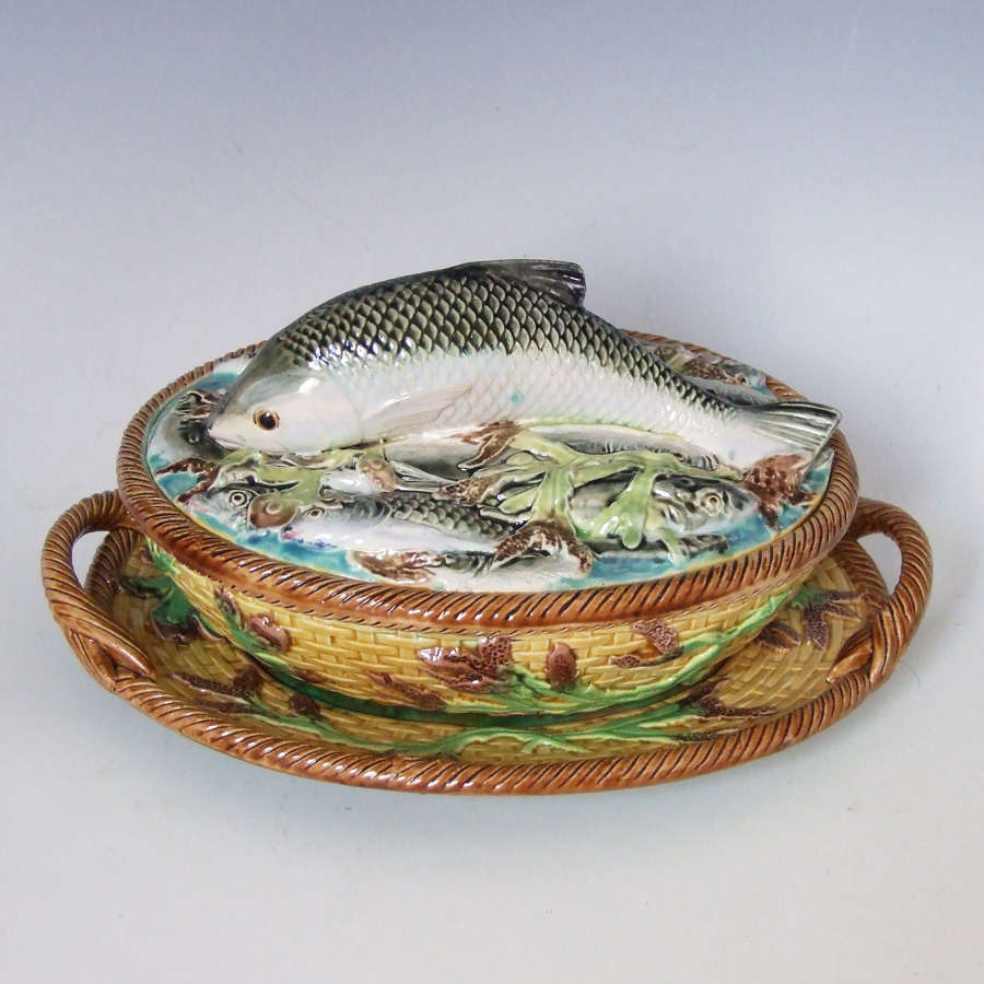 Rare 3 piece George Jones majolica salmon pate tureen.